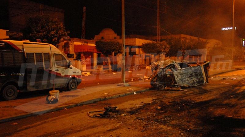 احتجاجات.. كر وفر وغاز مسيل للدموع في براكة الساحل