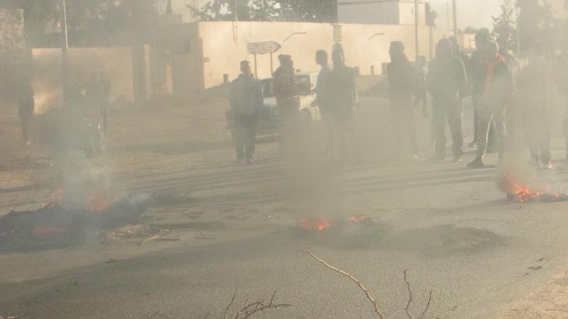 وفاة الشاب بمركز للحرس: مواجهات وغاز مسيل للدموع في العوامرية