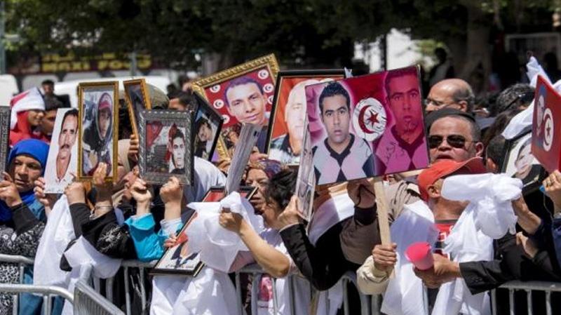 عائلات شهداء الثورة وجرحاها ''مستاءة'' من تصرّف الشاهد