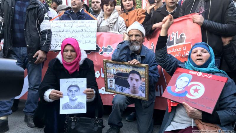 اعتصام عائلات شهداء وجرحى الثورة في القصبة مجددا