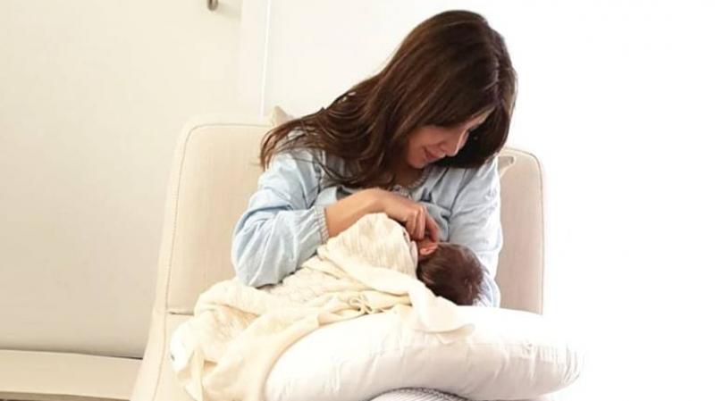 نانسي عجرم تتعرض ''للتحرش'' و''التنمّر'' بسبب الرضاعة..