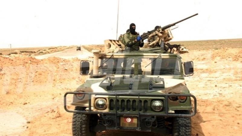 رمادة: إيقاف مهربين وحجز بضائع في المنطقة الحدودية