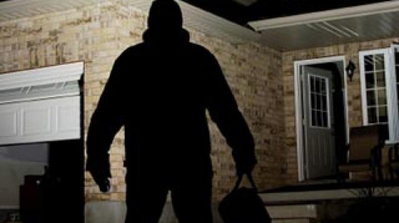 القيروان: تصدى لسارق فتلقى طعنة بسكين !