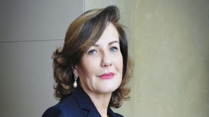 زهرة إدريس:''مانراش روحي وزيرة''