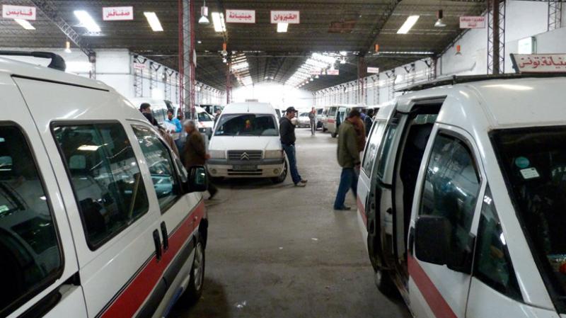 اضراب سائقي سيارات اللواج