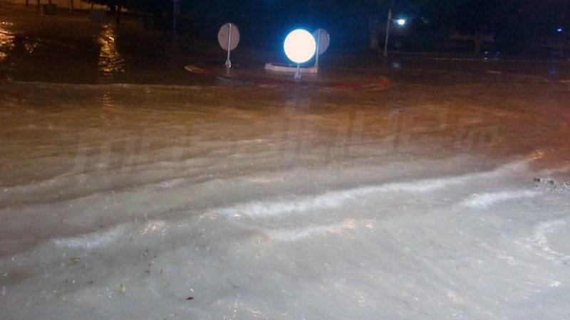 المنستير: شفط مياه الأمطار من المنازل وإزاحة وسائل نقل عالقة