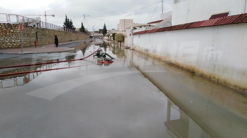 مياه وادي مجردة تغمر منازل في جندوبة