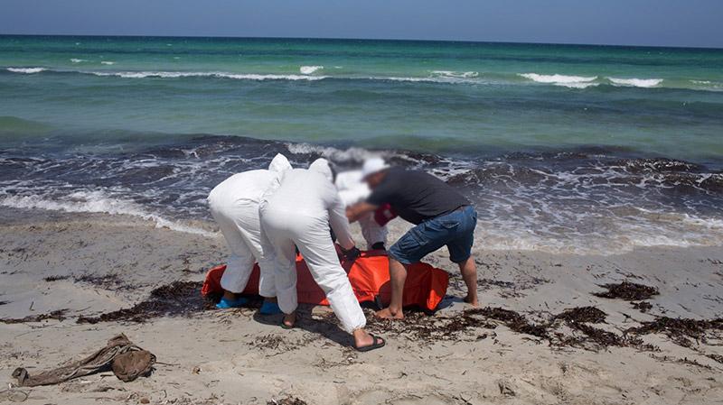 الإبحار خلسة: مفقودون وجثّة فتاة على سواحل صفاقس