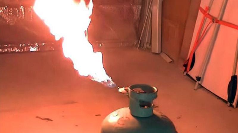 حفوز:إصابة 4 أشخاص من عائلة واحدة بحروقفي إنفجار قارورة غاز
