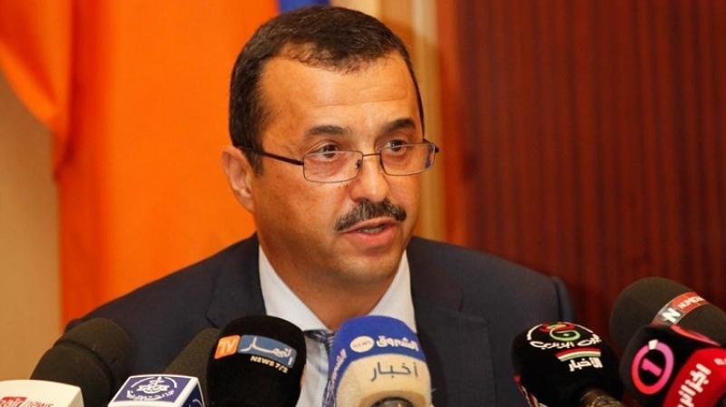 غاضبون يحاصرون وزير الطاقة الجزائري