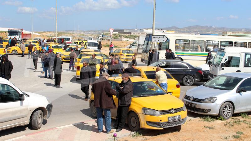 إتحاد التاكسي الفردي يعلّق الإضراب