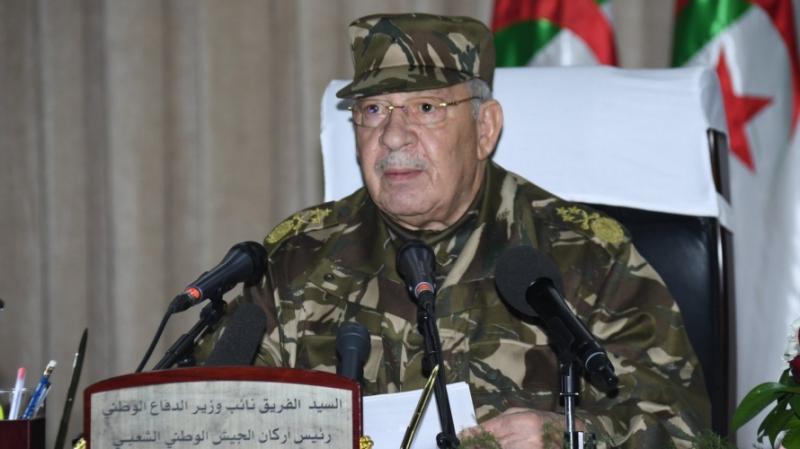 قائد الجيش الجزائري يوجّه آخر إنذار لقائد المخابرات السابق