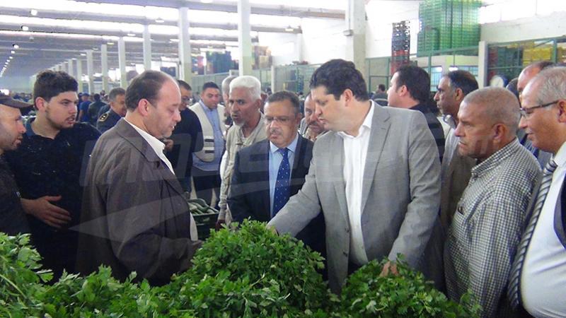 وزير التجارة: ''2 مليون دينار قيمة الخضر والغلال المحجوز''