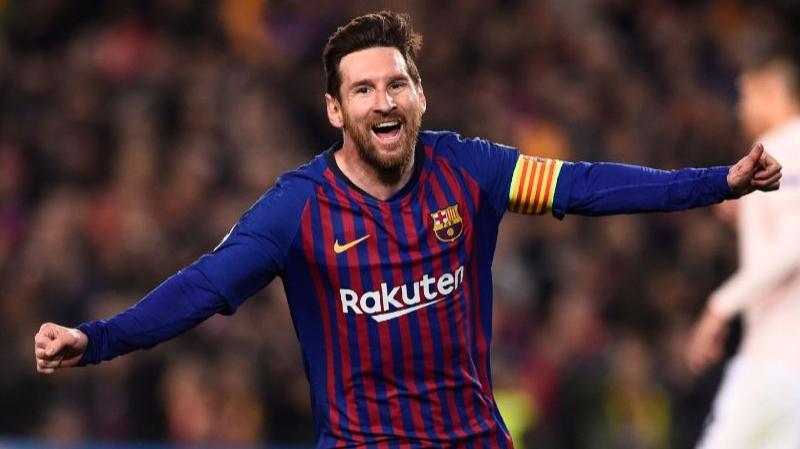 دوري أبطال أوروبا:ميسي يقود برشلونة إلى المربع الذهبي
