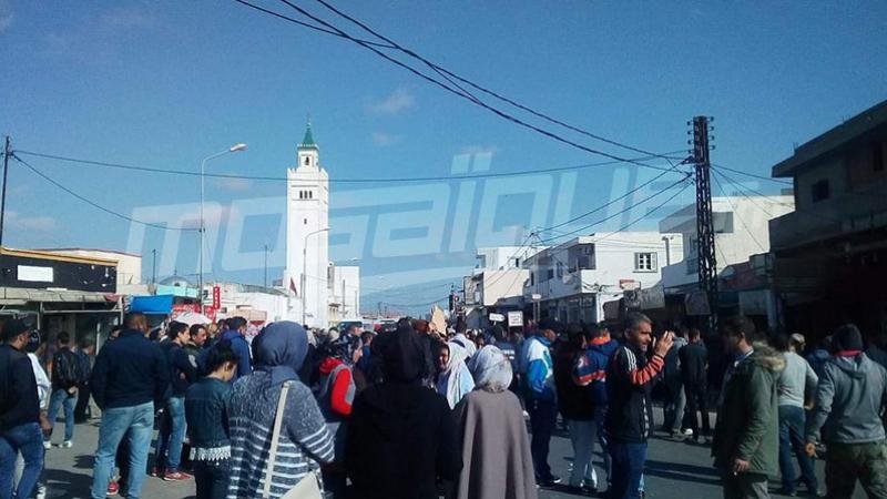سيدي بوعلي: تواصل الإضراب والإفراج عن 4 موقوفين
