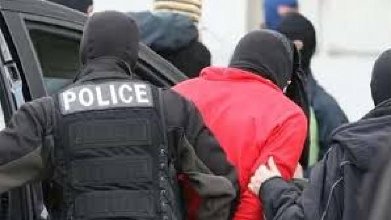 الكاف: ايقاف شخص يشتبه في انضمامه إلى مجموعات إرهابية