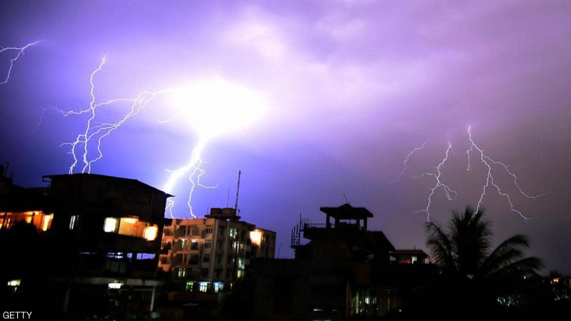 عاصفة رعدية تقتل 60 شخصا خلال ساعات
