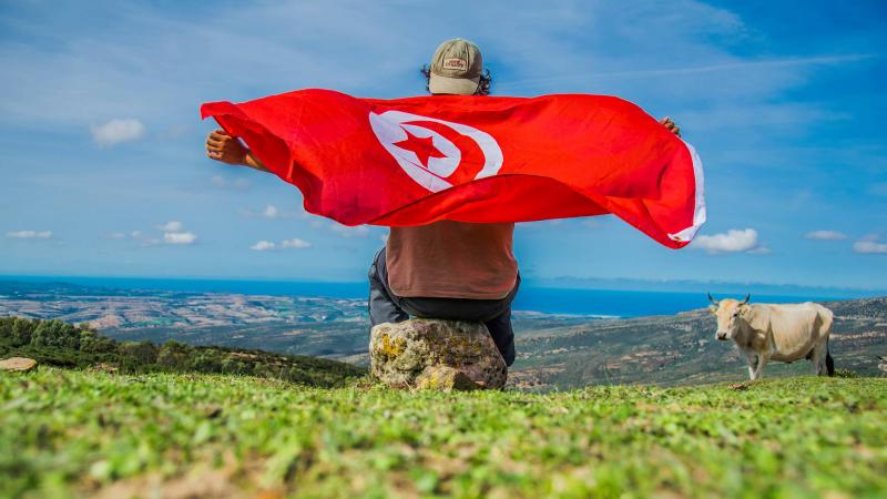 مهدي.. قصة الشاب التونسي الذي باع ما يملكه ليجوب العالم