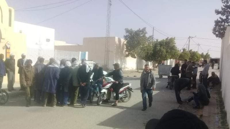 منزل بوزيان:ناشطان موقوفان يدخلان في اضراب عن الطعام