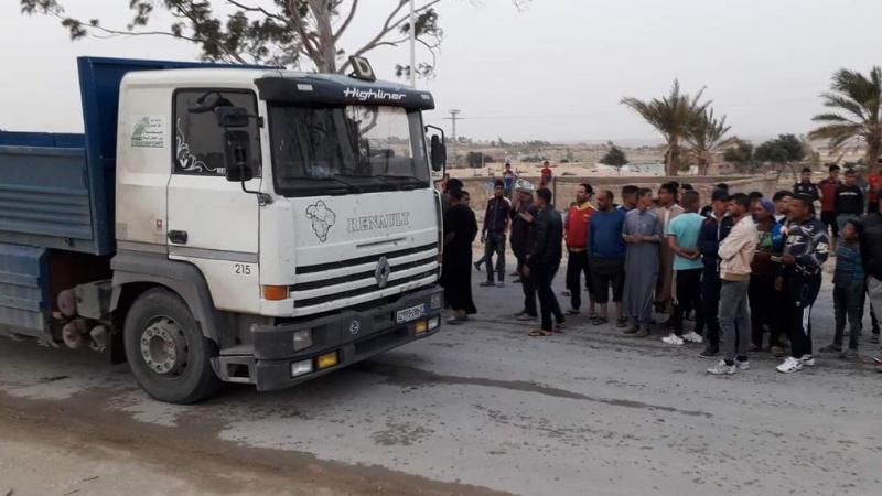 وقفة إحتجاجية في الجزائر للمطالبة بمنع تهريب المحروقات نحو تونس