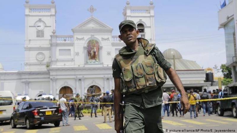 أكثر من 200 قتيل و450 جريح في تفجيرات سريلانكا