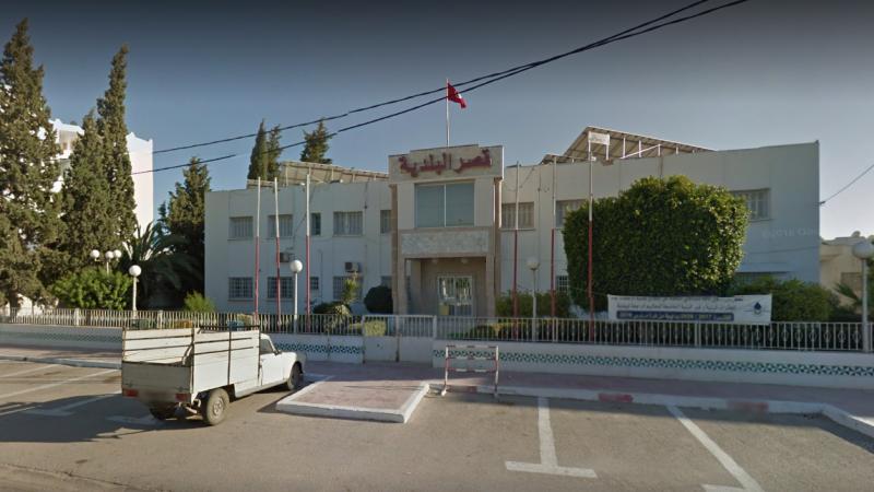 كونفدرالية رؤساء البلديات تطعن في قرار إعفاء رئيس بلدية العين