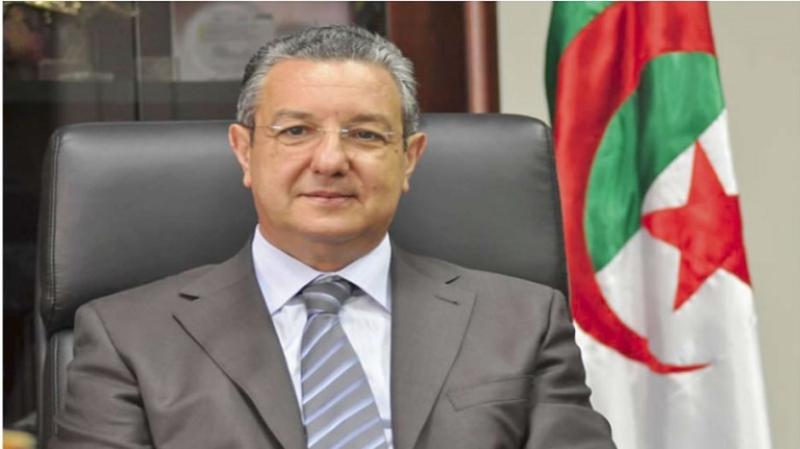الجزائر: النيابة تستمع إلى وزير المالية في قضية تحيّل