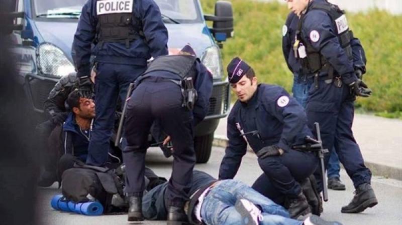 القبض على 4 متطرفين خططوا لعملية إرهابية في باريس
