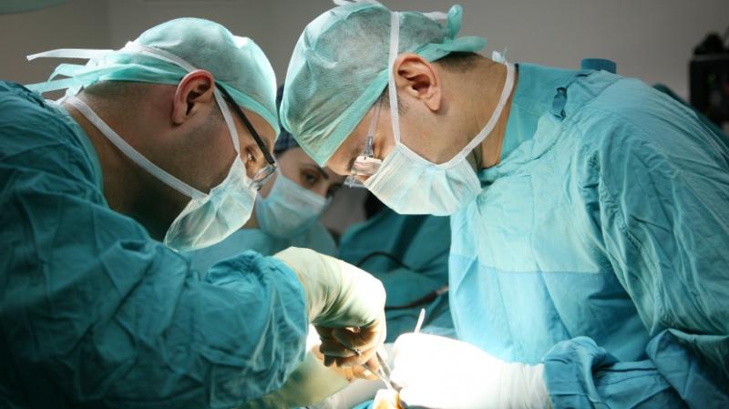 دخلت غرفة العمليات لتصحيح أنفها..فكانت نهايتها مأساوية