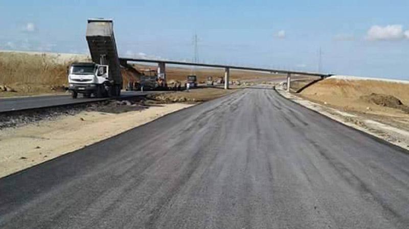 وزير التجهيز يؤكد تقدم الطريق السيارة بوسالم