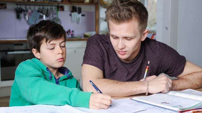 نقابة الثانوي تستنكر هرسلة تلاميذ ومدرسين حول الدروس الخصوصية