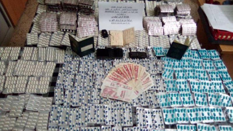 الديوانة الجزائرية تحجز 4842 قرص مهلوس مهرب من تونس