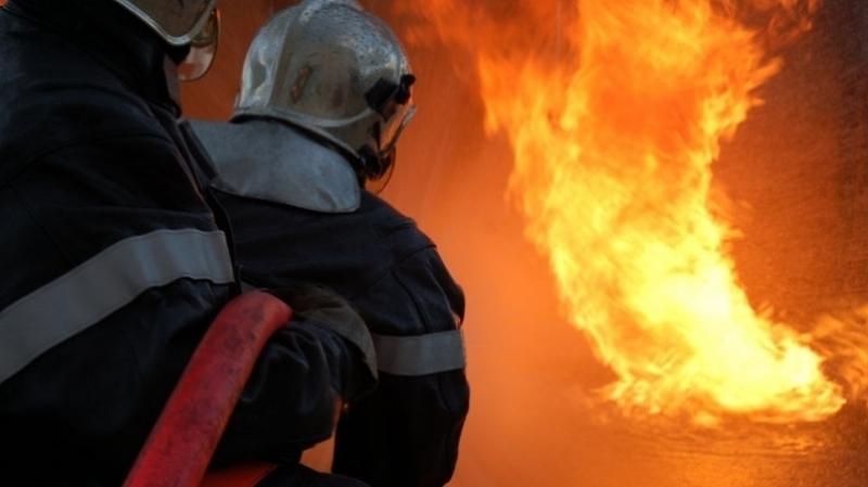 توزر:إخماد حريق في سوق