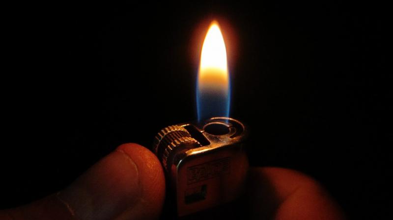 القصرين: رجل يضرم النار في جسده