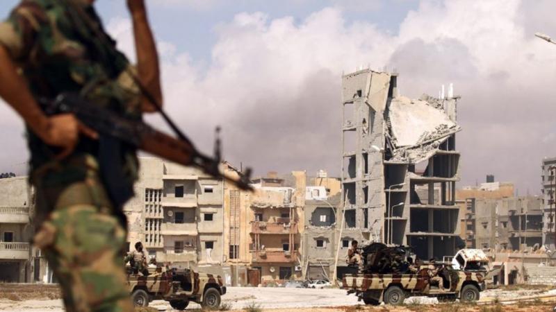 تونس والجزائر ومصر منشغلة من الوضع في ليبيا وتدعو لوقف الإقتتال