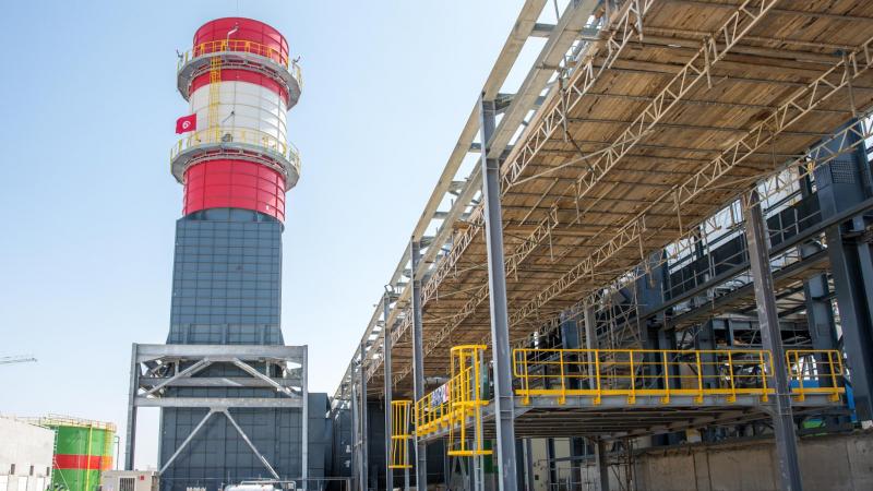 انطلاق تشغيل محطة توليد الكهرباء بالتوربينات الغازية ببرج العامري