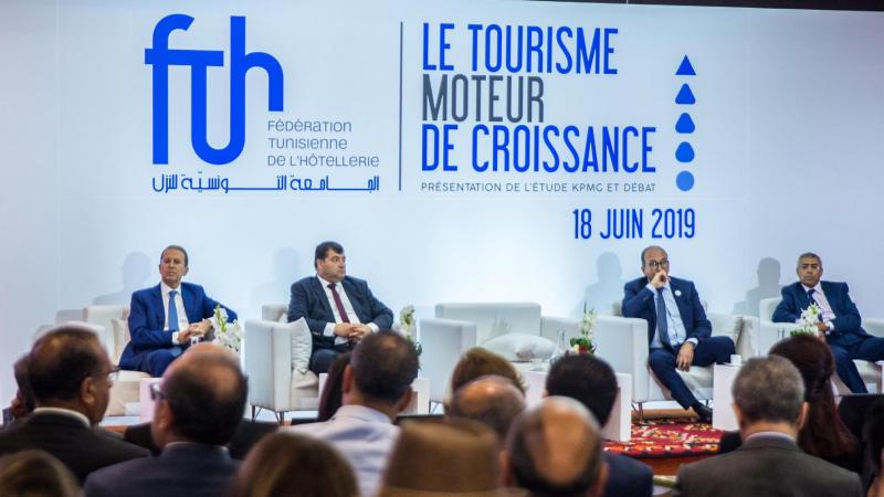 الطرابلسي: تونس بإمكانها جلب 16 مليون سائح