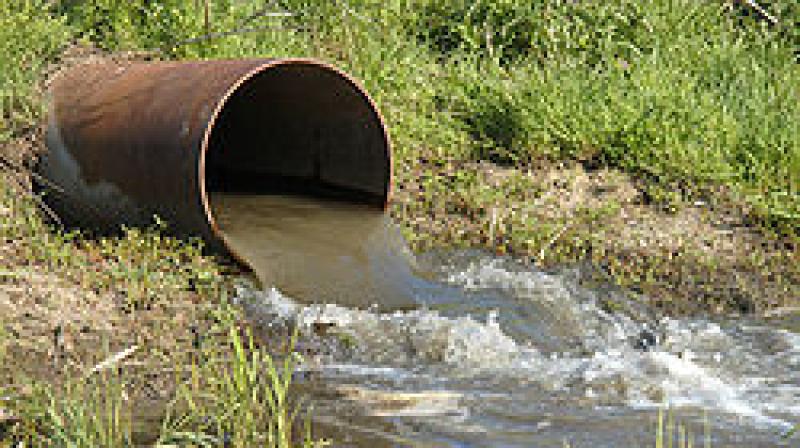 وزير البيئة: تجاوزات رهيبة في تصريف المياه المستعملة