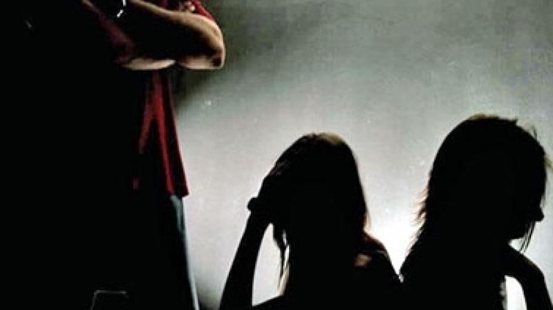 بن عروس: الاحتفاظ بكهل بشبهة الاتجار بالأطفال