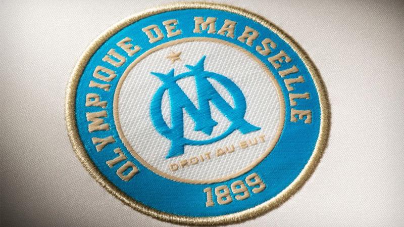 أولمبيك مرسيليا يفتتح مدرسة في تونس