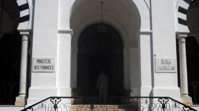 مؤشر جديد على بداية تحسن الوضع الاقتصادي: تونس تقترض بشروط أفضل