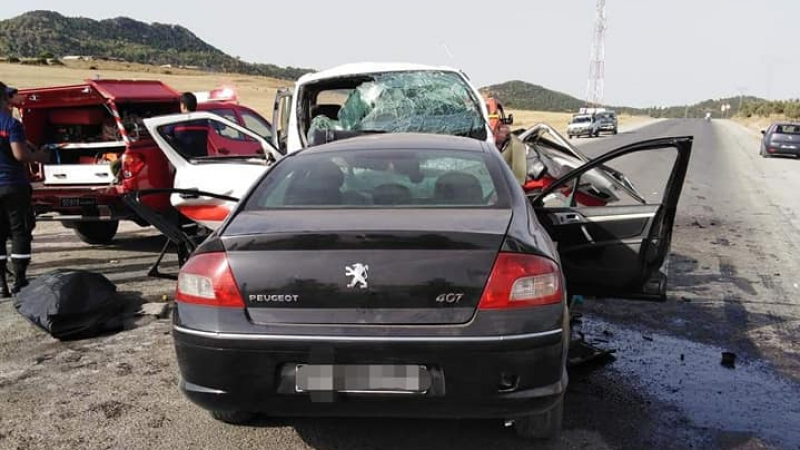 نابل: وفاة شخصين وإصابة 10 بجروح في إصطدام ''لواج'' بسيارة
