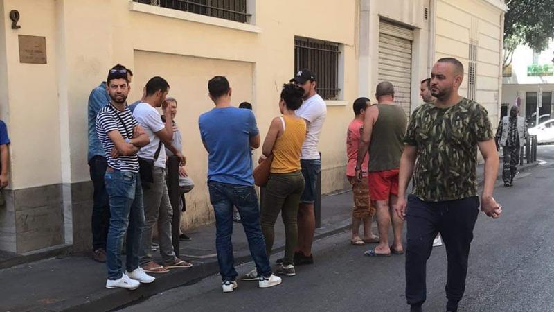 تونسيون يحتجّون أمام قنصلية مارسيليا لإيجاد حل ''لأطفال تطاوين''