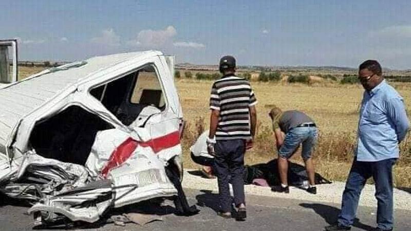 الكاف: 3 قتلى و7 جرحى في اصطدام شاحنة بسيارة أجرة