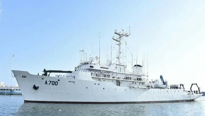 سفينة حربية تونسية في الجزائر