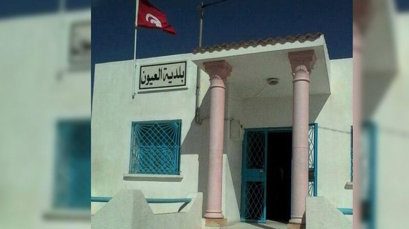 الانتخابات البلدية بالعيون: مواطن يترشّح ضمن قائمتين حزبيتين !