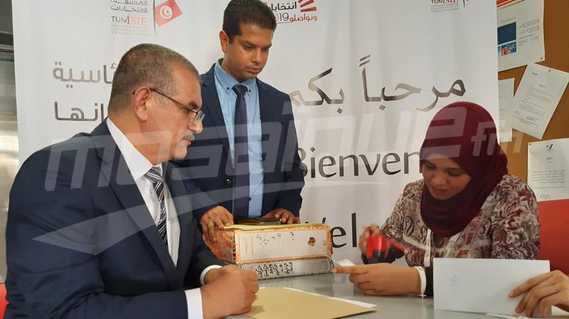 الهاشمي الحامدي يودع ترشحه للانتخاباتالرئاسية