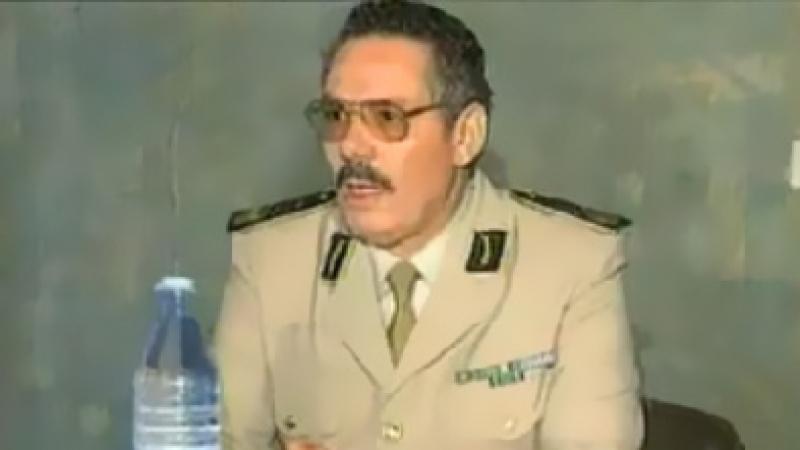 وزير الدفاع الجزائري السابق نزار يدعو الجيش إلى التمرد