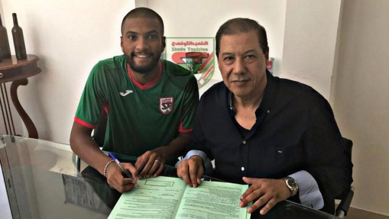 المدافع الدولي وليد الحسني يمضي للملعب التونسي