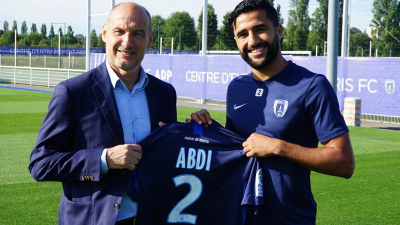 علي العابدي رسميا في نادي باريس لكرة القدم